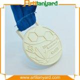 リボンが付いている記念品のスポーツの金属の銀メダル