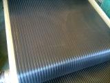 Широкий ребристую войлочную ленту резиновый напольный