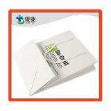 OEM personalizados Regalos de lujo en tiendas de artesanía de la bolsa de papel kraft blanco con asa fabricante