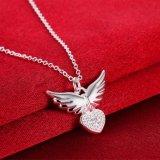 De Vliegende Vleugels van het Ontwerp van de manier na de Zilveren Halsband van de Tegenhanger van het Hart Zircon