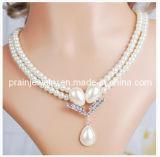 La fina Bisutería/ joyas collar de perla blanca de forma de gota de agua de aleación de zinc colgante chapado en plata incrustada con Rhinestones CZ Piedra (PN-112)