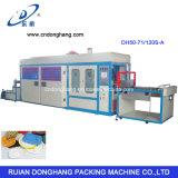 Fabrication de plat d'aliments de préparation rapide formant la machine