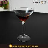 Vetro di vino decorativo di vendita caldo della festa nuziale di vetro della tazza