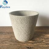 Potenciômetro do cimento para a decoração interna e ao ar livre