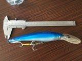 L'OEM digita i richiami di pesca a traina dell'operatore subacqueo profondo