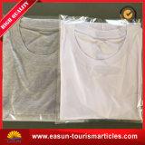 T-shirt 100% blanc en polyester avec poche