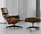 Presidenza di salotto moderna di Eames dell'ufficio del progettista