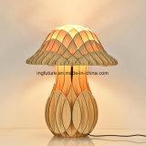 Style européen DIY Mushroom bois Lampe de bureau