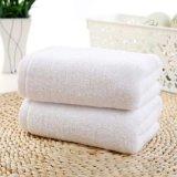 Полотенца ванны гостиницы, полотенца ткани Терри хлопка белые продают оптом