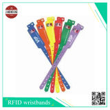 Wristbands laterais de um cetim do Sublimation com o slider duro do PVC