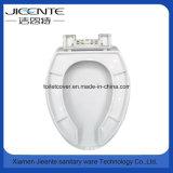Parte dianteira aberta do assento de toalete para enfermos