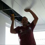 Установка панели потолка PVC панели PVC устанавливая декоративный потолок PVC
