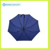 ترويجيّ يطوي مظلة في عادة لون مظلة آليّة