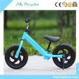 소형 훈련 자전거 스쿠터가 아기 균형 자전거에 의하여 페달 농담을 한다