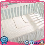 綿の赤ん坊の尿のベッドパッド