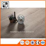 De Houten Bevloering van uitstekende kwaliteit van de Tegel van pvc Vinly van de Textuur Zelfklevende