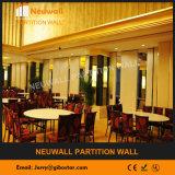 Schieben der Trennwände für Gaststätte/Hotel/Konferenzsaal