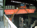 天井クレーンを投げる製鉄所で使用される製鉄所