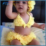 女の赤ちゃんの水着の水着のためのスリーピースのビキニ