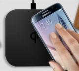 Stootkussen van de Lader van Qi van nieuwe Producten 5W het Draadloze voor de Mobiele Toebehoren Cellphone van de Telefoon