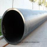 Tubo de agua de plástico negro