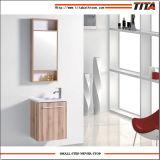 ミラーが付いている標準的な製造業者の卸売の浴室の家具のキャビネット
