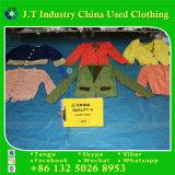 USA reden für Verkaufs-Licht-Mantel-Gebraucht-Kleidung mit guter Qualität an