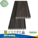 2018 Co extrusión WPC impermeable al aire libre compuesto de plástico extruido WPC revestimientos de suelo de madera