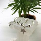Серьги петли ювелирных изделий формы звезды способа кристаллический оптовые для женщин повелительниц