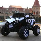 Voiture jouet Remote-Controlled SUV quatre roues Voiture électrique pour les enfants