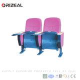 Assentos do auditório de Orizeal com a tabuleta plástica da escrita (OZ-AD-127)
