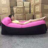 Lamzacの膨脹可能なラウンジの空気ベッドの空気椅子のベッドのLamzac Laybag不精な袋はラウンジの空気膨脹可能なソファーの空気ベッドのLamzacの空気ラウンジを膨脹させる