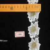 fleur de broderie de polyester de cru de 5cm la grande évident à l'extérieur la garniture Hme833 de lacet