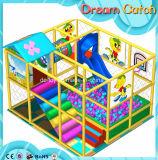 Kind-Liebling scherzt Spielplatz-Preis