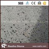 Grandi mattonelle della pietra del basalto del nero della pietra della lava del Hainan dei fori per pavimentare