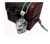 Hommes et femmes pendants de collier d'acier inoxydable de bijou de lion de cru