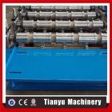 Aluminiummetalldach-Blatt-Panel-Rolle, die Maschine herstellend sich bildet