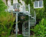 Escalera espiral al aire libre del acero inoxidable con la barandilla de acero