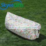 膨脹可能な空気防水浜の空気ソファー