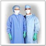 Uso de la tela no tejida de SMS para el vestido médico quirúrgico de la cortina médica anti-sangre disponible