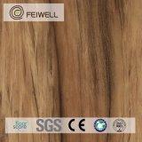 Étage en bois 3mm de PVC de regard de couleur légère de ménage