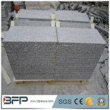 Mattonelle facenti fronte del granito della pietra per cimasa del bordo del raggruppamento intorno al raggruppamento