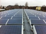 IEC、TUV、セリウム、MCS、ジェット機等の証明書が付いている325W太陽電池パネル