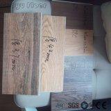 Étage en bois de feuille de vinyle de Spc de texture