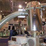 透過無毒な低価格PVC鋼線のホースの管