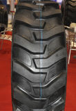 Para Industrail Use R4 Pattern Tubelss Tire (16.9-28, 16.9-24)
