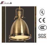 Metallische Gussteil-Antike-industrielle hängende Messinglampe