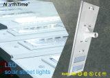La iluminación de alto brillo solar inteligente Farolas con panel de Sunpower