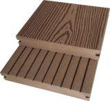Decking en bois extérieur des graines WPC conçu parquetant le composé en plastique en bois