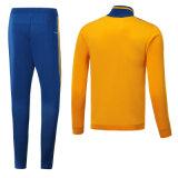 すべては熱い販売2018新しいデザインサッカーのワイシャツ、サッカージャージーのフットボールジャージーを大きさで分類する